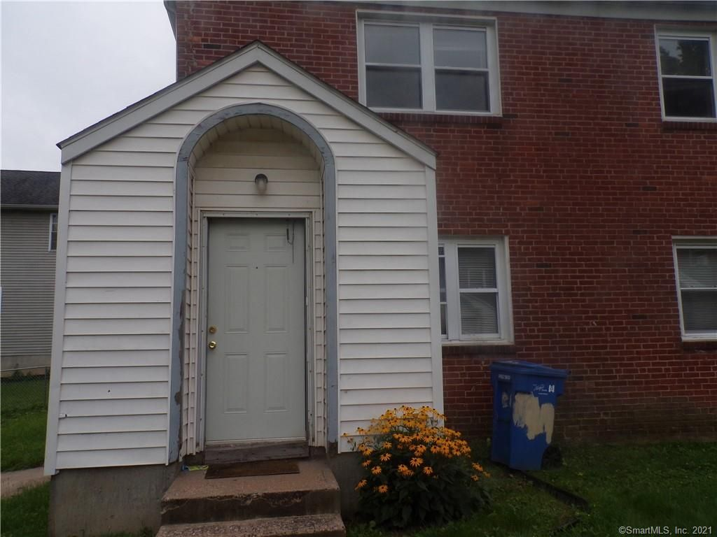 49 Enfield St #49, Hartford, CT 06112