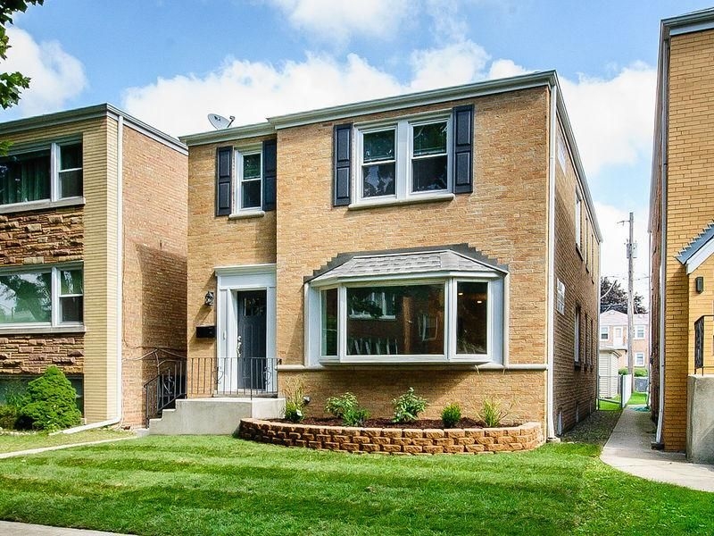 6135 N Meade Ave #2, Chicago, IL 60646