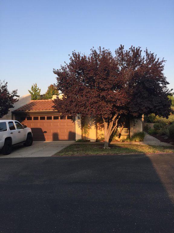 30 El Mirador Ct, San Luis Obispo, CA 93401