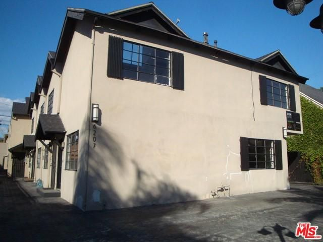 6207 Banner Ave #1, Los Angeles, CA 90038