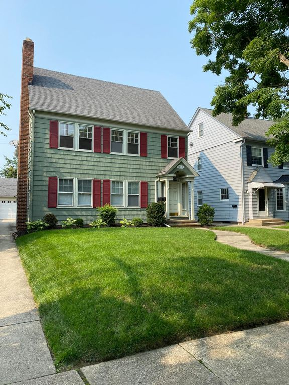 18419 Winslow Rd #2, Shaker Heights, OH 44122