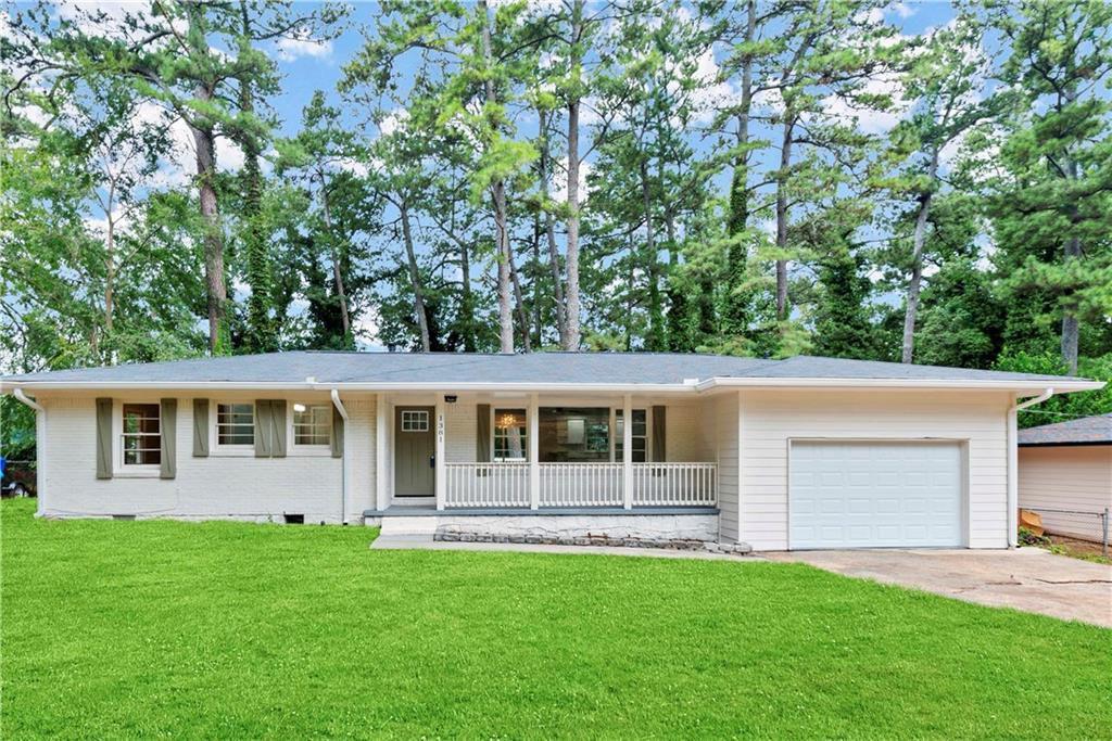 1381 Ruth Pl, Decatur, GA 30035