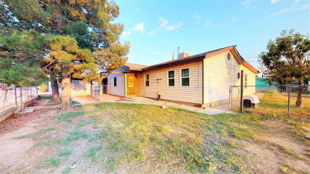 802 Magnolia St, Alamogordo, NM 88310