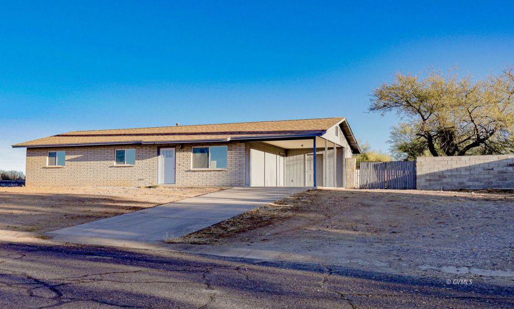 3241 W 11th St, Thatcher, AZ 85552