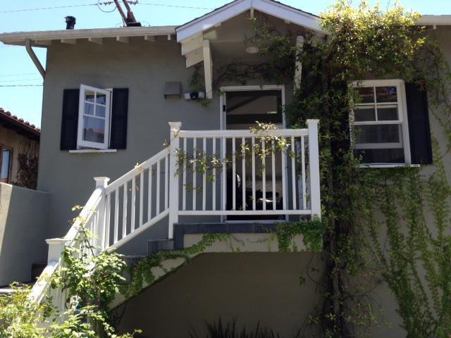 Darlington Ave, Los Angeles, CA 90049