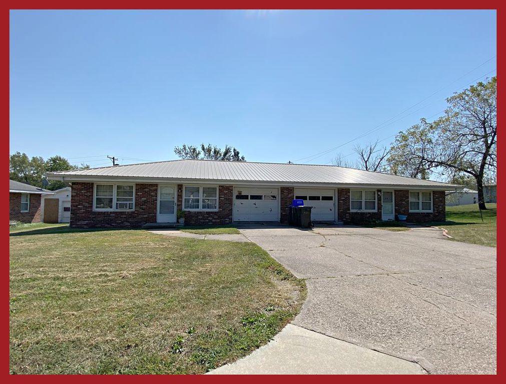 216 E Burton St, Kirksville, MO 63501
