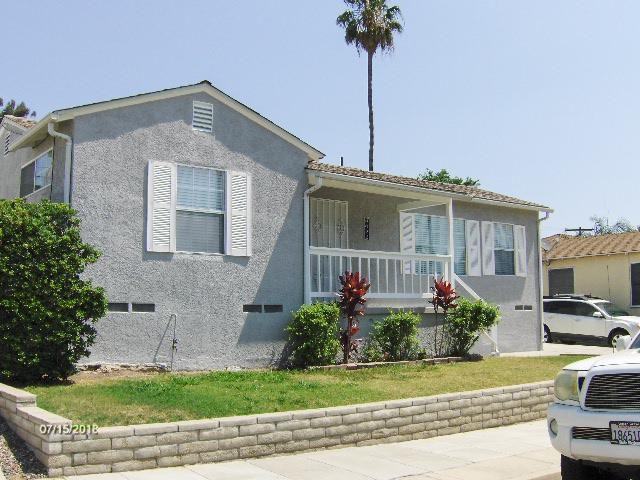 8022 University Pl, La Mesa, CA 91942