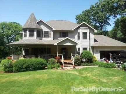 5832 Country Club Rd, Houston, MN 55943