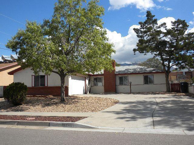 1748 Blume St NE, Albuquerque, NM 87112