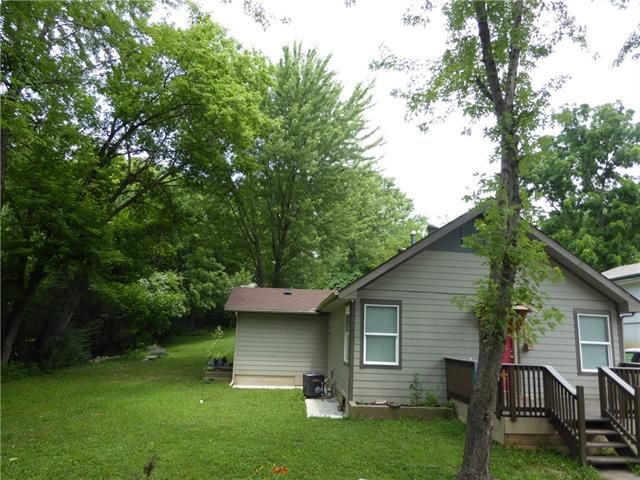 1000 E Frederick St, Independence, MO 64050
