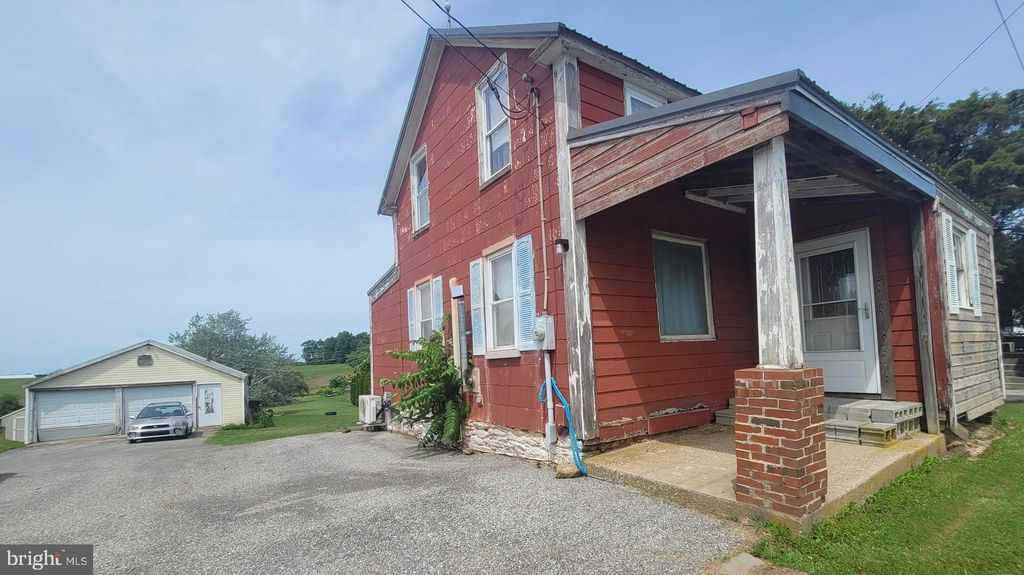 1559 Delta Rd, Felton, PA 17322