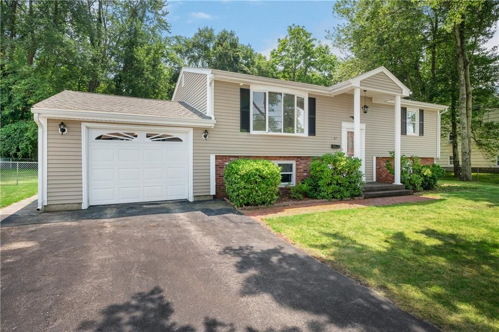 57 Getchell Ave, Woonsocket, RI 02895