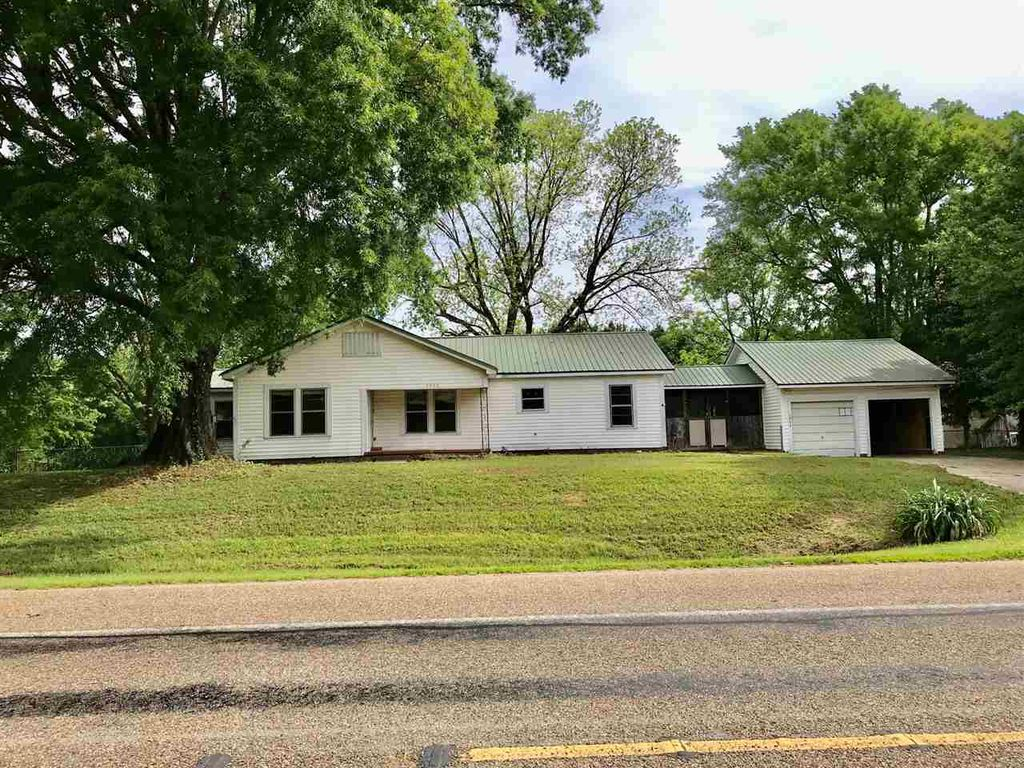 1844 State Highway 149, Carthage, TX 75633