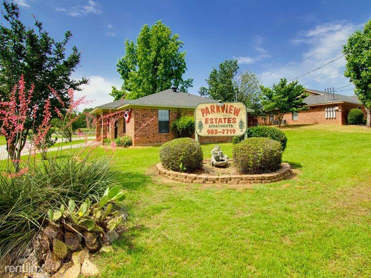 200 Parkview Ests, Kilgore, TX 75662