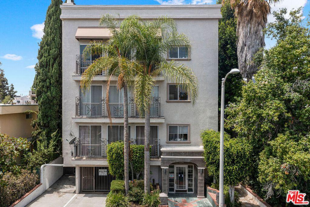 1409 S Saltair Ave #302, Los Angeles, CA 90025