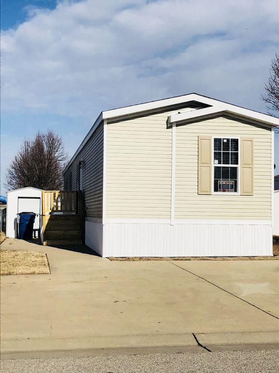 1400 E Kay Ave #KA110, Haysville, KS 67060