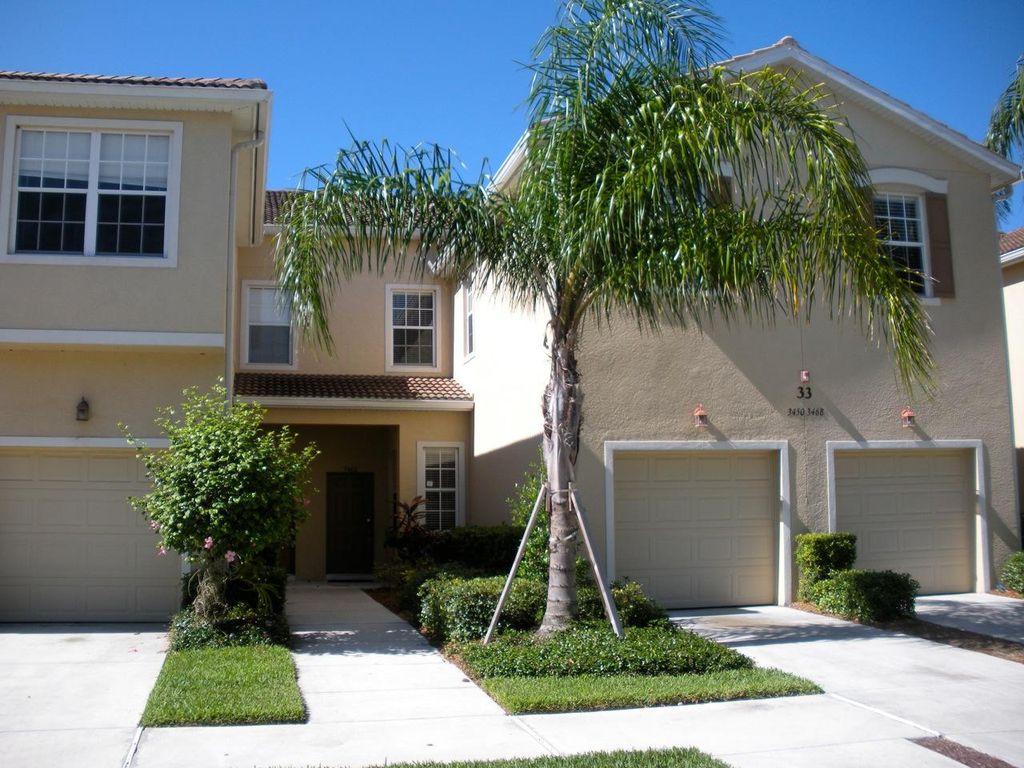 3460 Parkridge Cir #33103, Sarasota, FL 34243