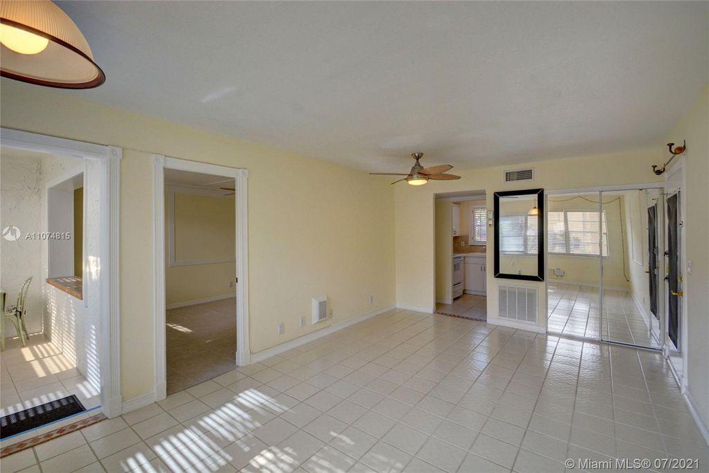 437 Lake Frances Dr #437, West Palm Beach, FL 33411