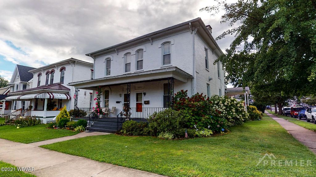 1031 Packer St, Williamsport, PA 17701