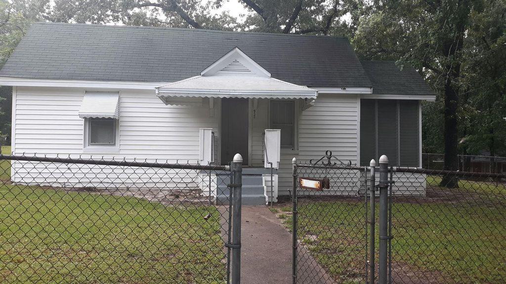 930 Vernon Ct, Columbia, SC 29203