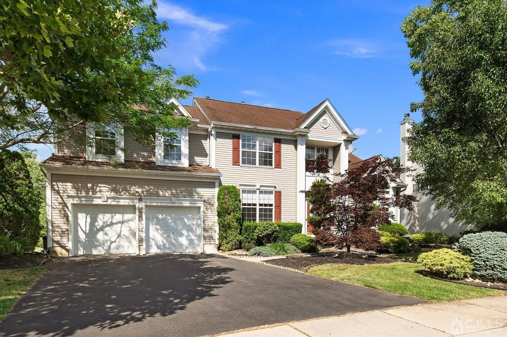 5 Kelly Way, Monmouth Junction, NJ 08852
