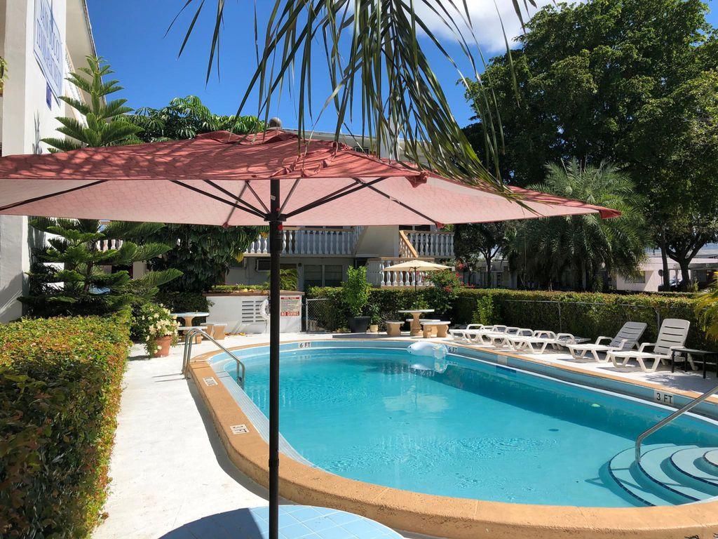 1745 Sans Souci Blvd, Miami, FL 33181