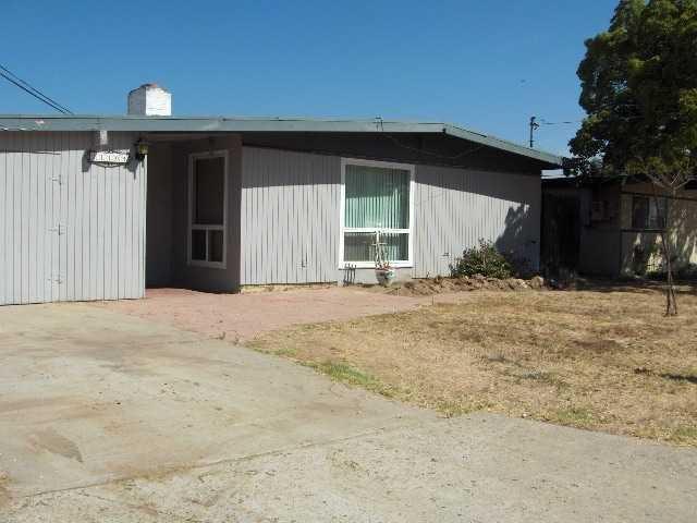 11104 Meadow Terrace Dr, Santee, CA 92071