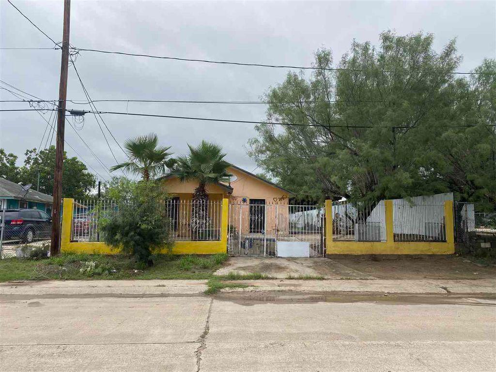 1838 Patricia Ln, Laredo, TX 78046