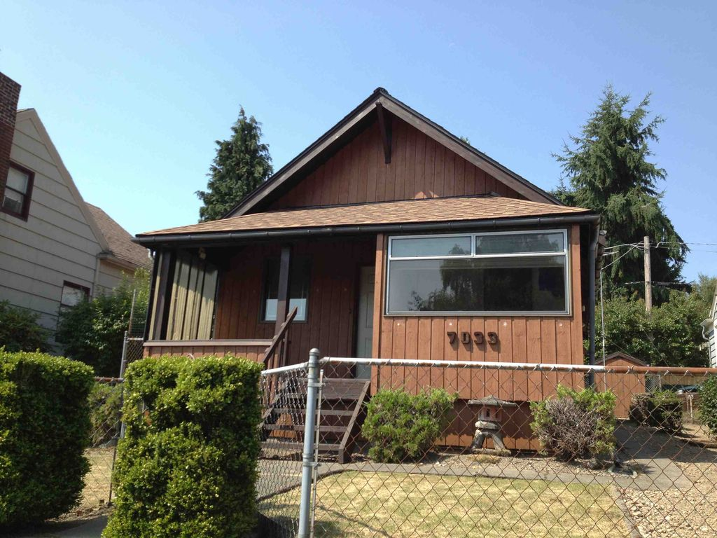 7033 35th Ave NE, Seattle, WA 98115