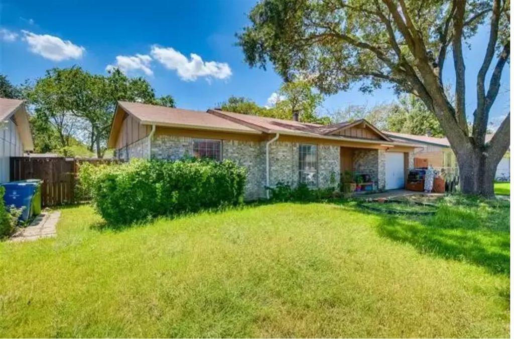 1725 Indian School Rd, Garland, TX 75044