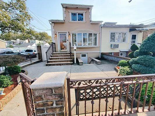 2249 W 6th St, Brooklyn, NY 11223