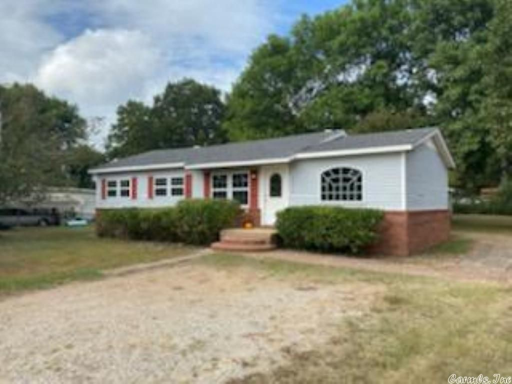 3213 Willow Rd, Jonesboro, AR 72404