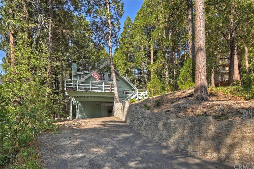 400 Terrace Rd, Lake Arrowhead, CA 92352