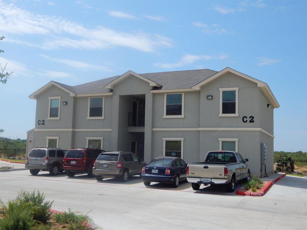 212 Obsidian Blvd #35, Laredo, TX 78046