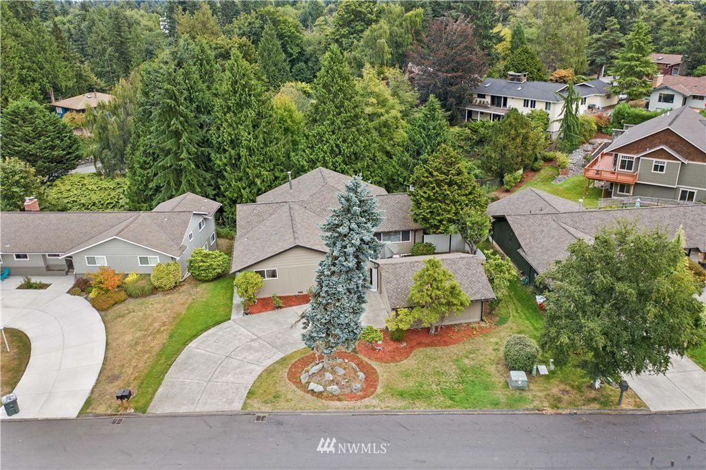 4717 W Glenhaven Dr, Everett, WA 98203