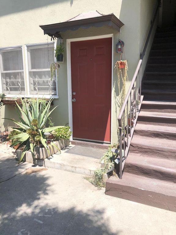 1244 Tamarind Ave, Los Angeles, CA 90038
