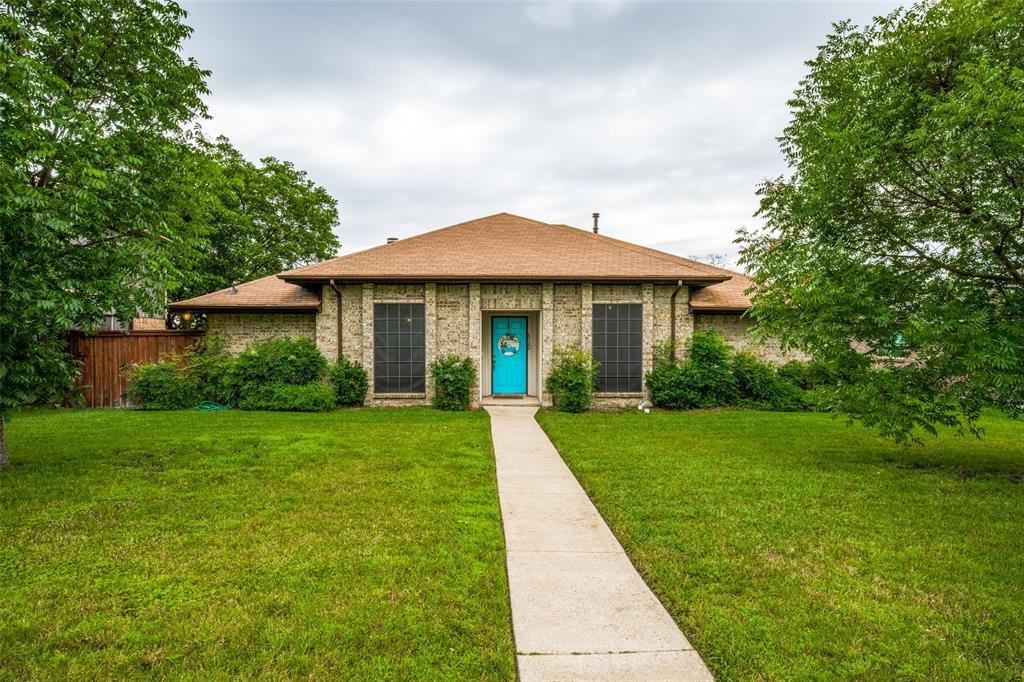 8722 County View Rd, Dallas, TX 75249