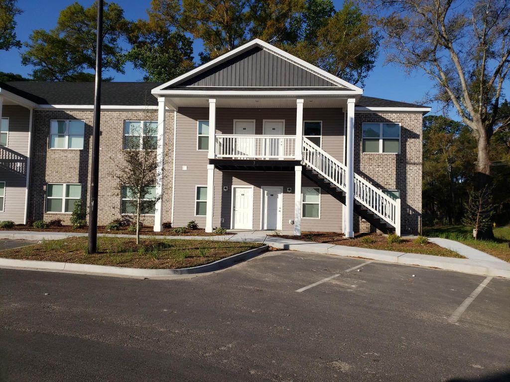 11907 Apache Ave, Savannah, GA 31419