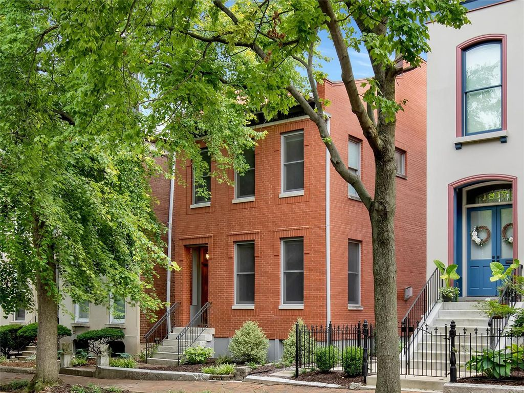 1821 Lasalle St, Saint Louis, MO 63104