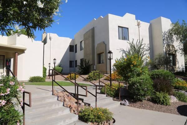 7374 N Mona Lisa Rd, Tucson, AZ 85741