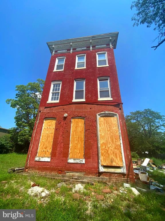 3422 Frederick Ave, Baltimore, MD 21229