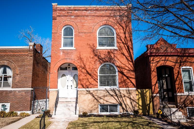 3425 Wyoming St, Saint Louis, MO 63118