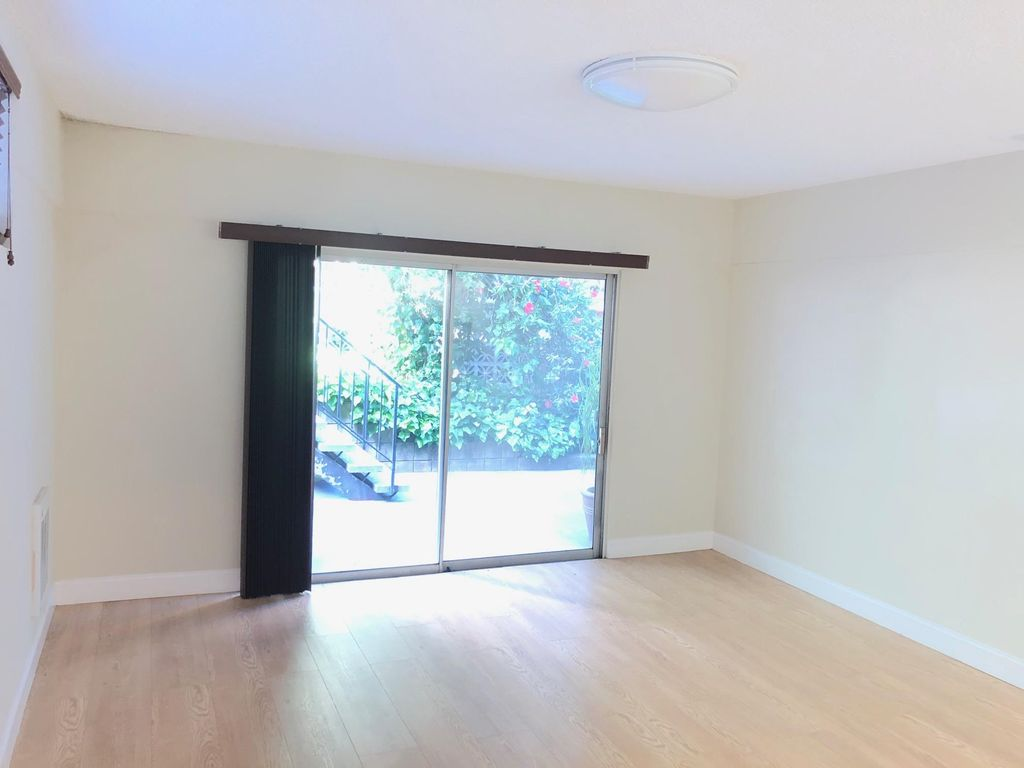 2165 Carlmont Dr #A, Belmont, CA 94002