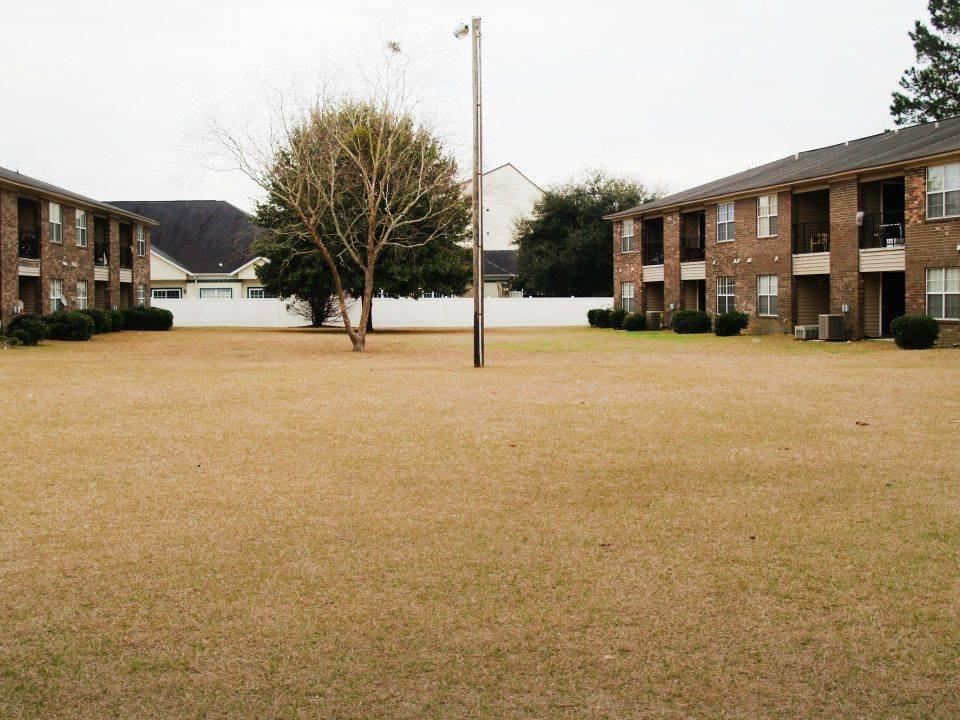 1036 Dutchtown Rd, Savannah, GA 31419