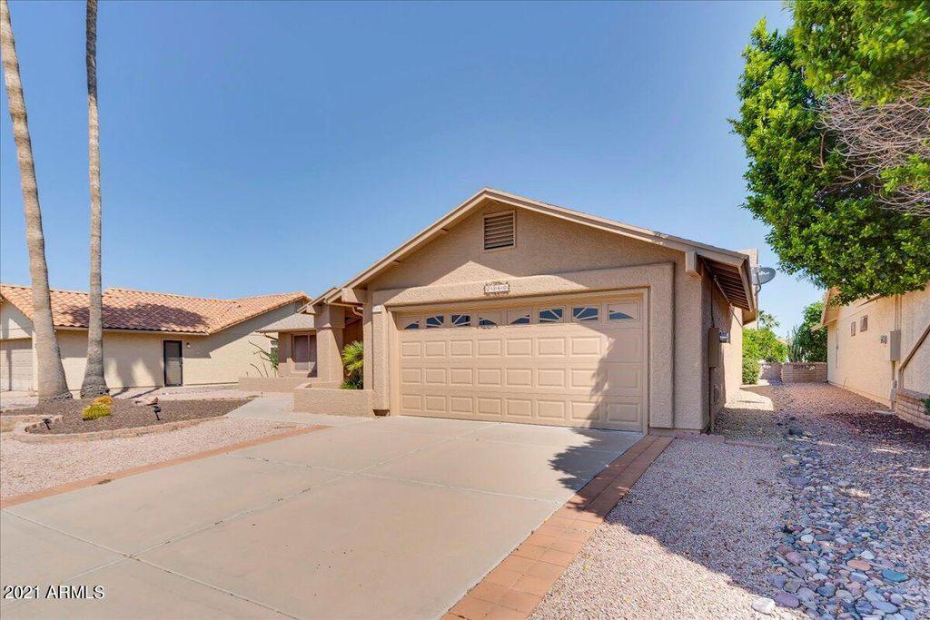 2360 Leisure World Blvd, Mesa, AZ 85206