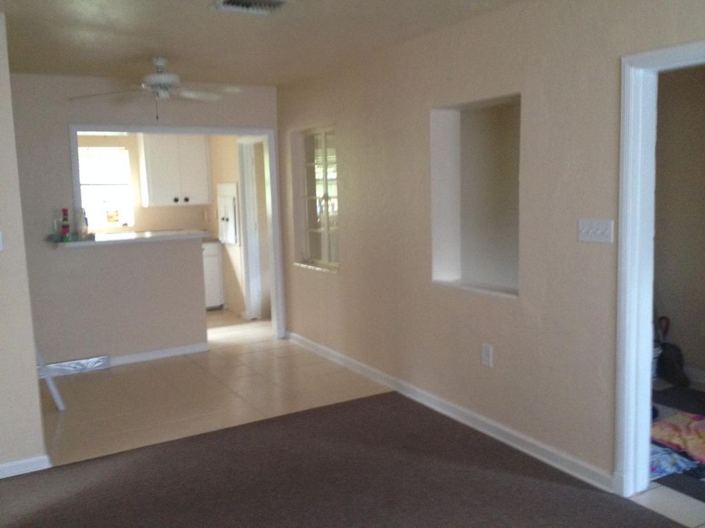 1671 Laura St, Clearwater, FL 33755