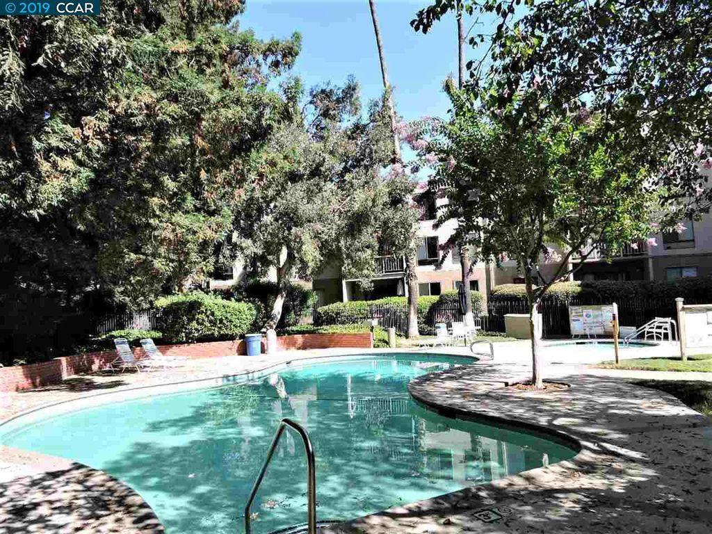 320 N Civic Dr #304, Walnut Creek, CA 94596