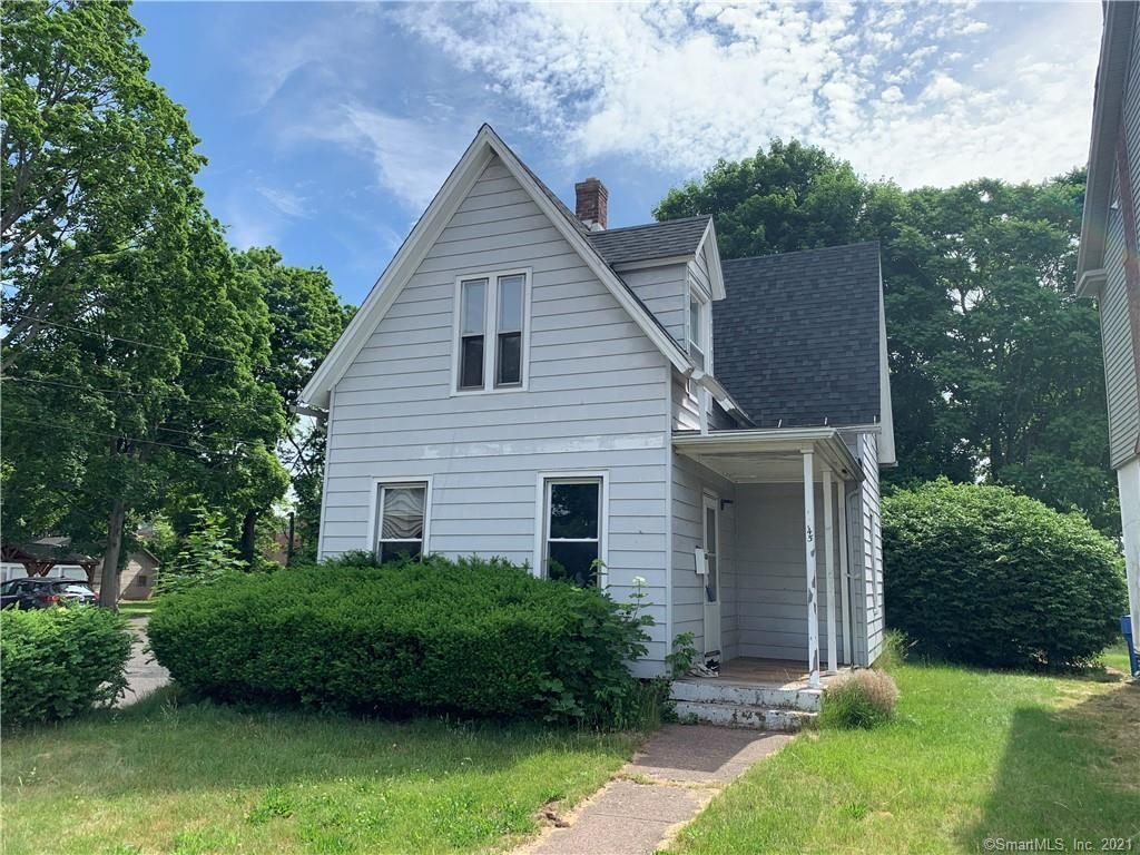 45 Cottage St, Manchester, CT 06040