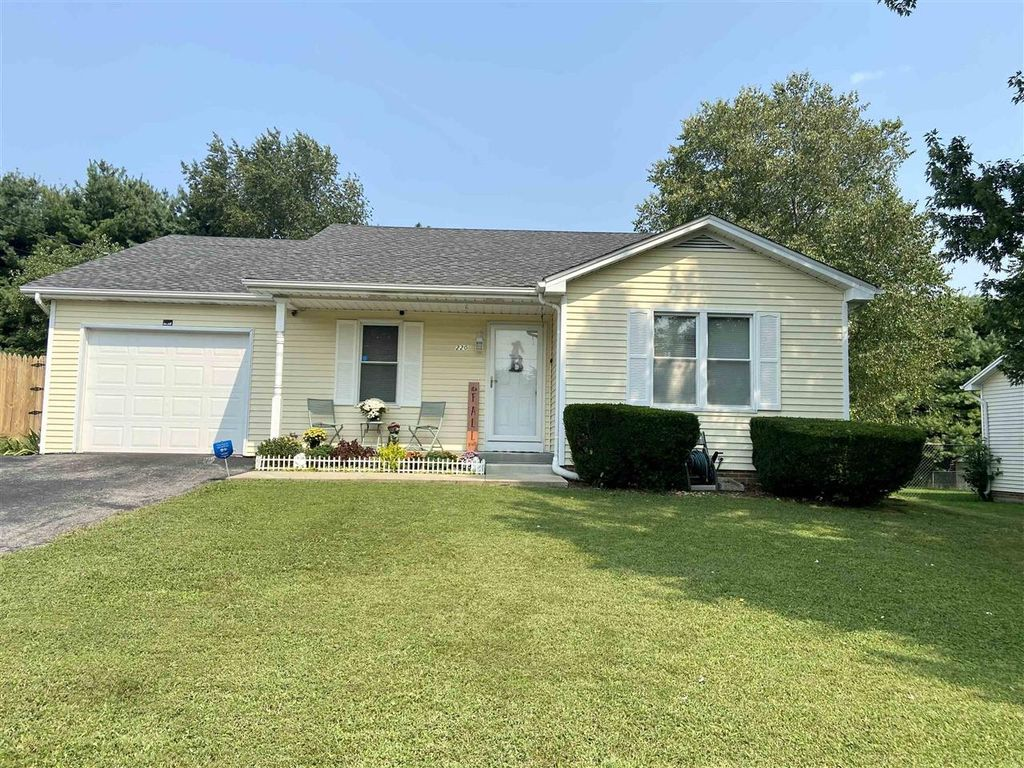 220 Bonaire Ave, Bowling Green, KY 42101