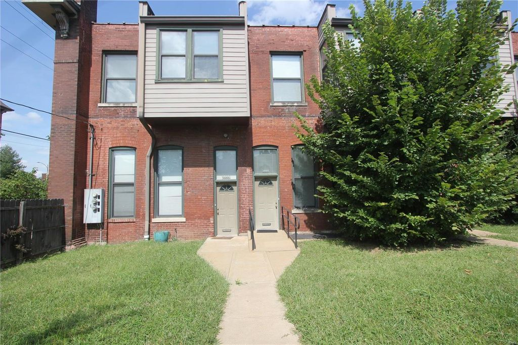 3866 Shenandoah Ave #1, Saint Louis, MO 63110